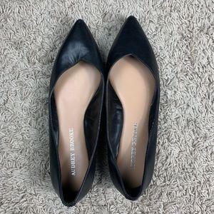 Audrey Brooke Black point toe flats 7.5